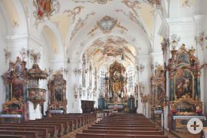 Stadtpfarrkirche Mariae Himmelfahrt innen2